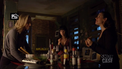 Kenzi doesn't like it when Bo and Lauren flirt either